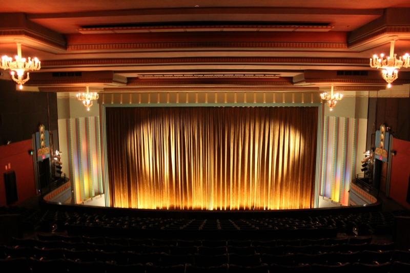 Re-Live The Classics At Melbourne's Historic Astor Theatre