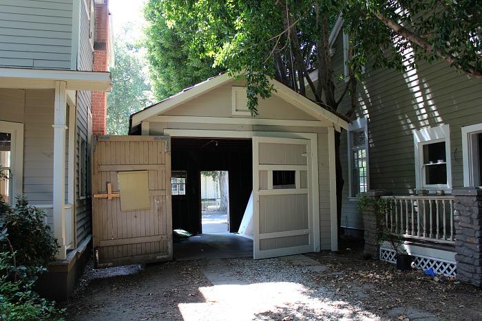Lorelai's Garage From Gilmore Girls
