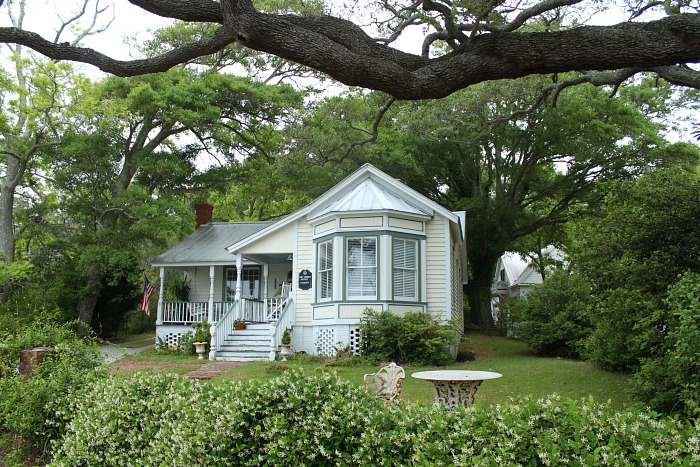 Alex's House In Safe Haven