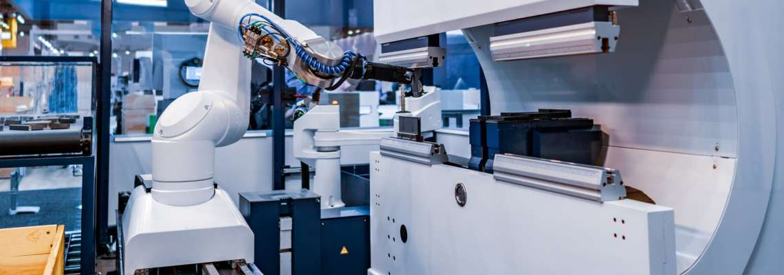 an image of robotic arm automated production in industrial automation which can be used to leverage a digital twin in an ERP production environment simulation