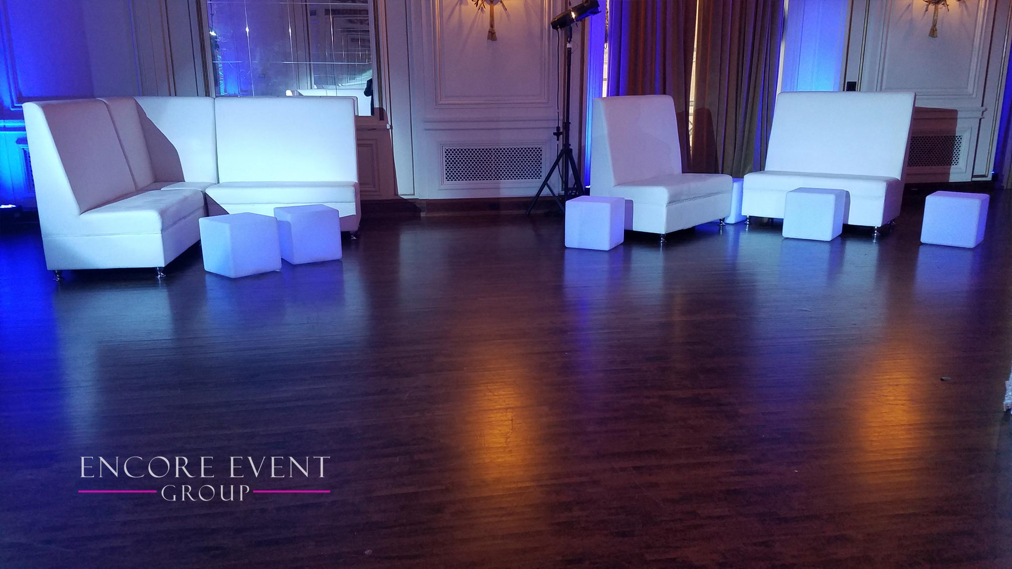 chair rental detroit living room chairs with ottomans michigan white lounge furniture rentals couches thrones