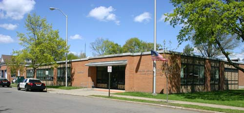 endicott police dept station - Contact
