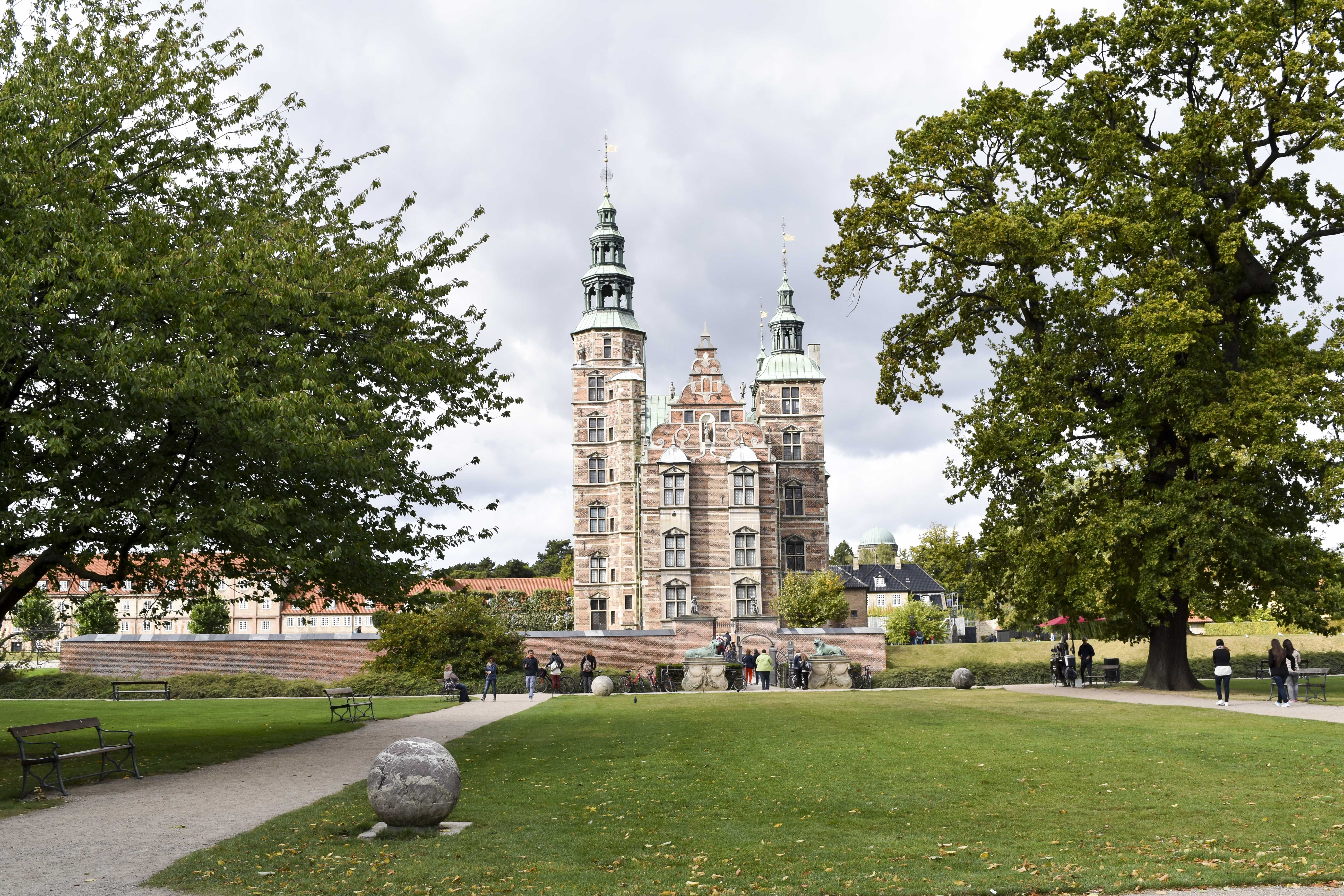Copenhagen Travel Guide | Visit Copenhagen including where to stay, what to eat and how to get around. Especially helpful for those on a budget!