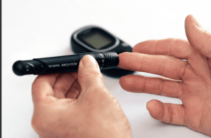 Read more about the article Pain free glucose monitoring?