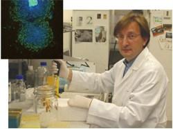Dr. Carlos Simón