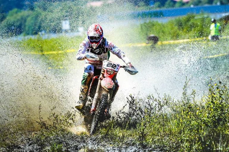Honda Racing RedMoto World Enduro Team protagonista del GP di Spagna con Thomas Oldrati e Christophe Charlier
