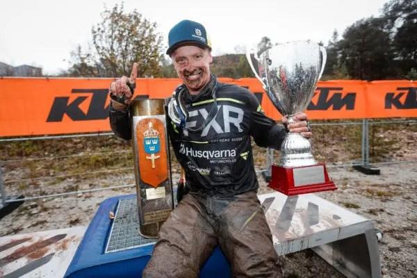WESS Gotland Grand National Enduro : Albin Elowson surnage de la boue