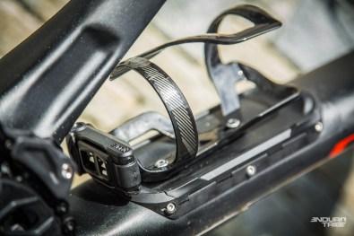Un effort qui permet de conserver l'usage aisé et pratique du porte gourde. Specialized pousse fort sur l'idée du SWAT - rouler sans sac.