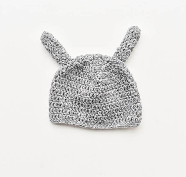 Handgestrickte Baby Mütze mit Ohren