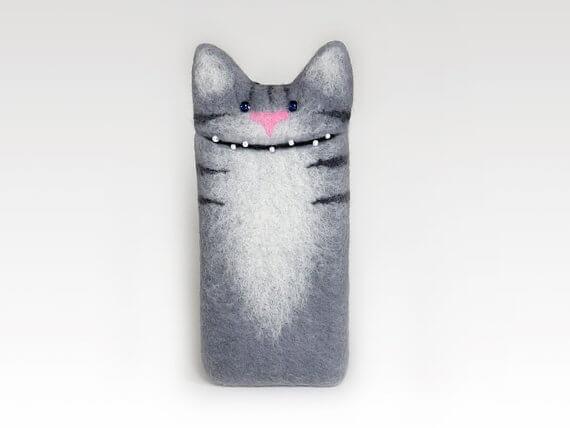 Handgemachte Tablet Hülle aus Filz – Katze grau