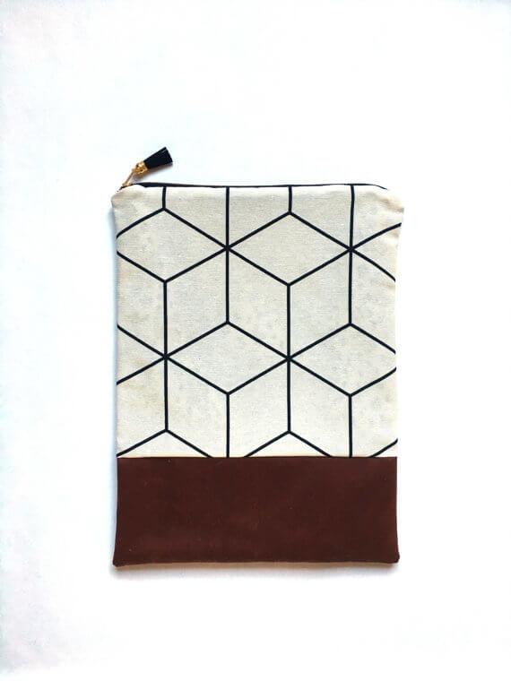 iPad Sleeves aus Kunstleder und Stoffen –grafisches Muster