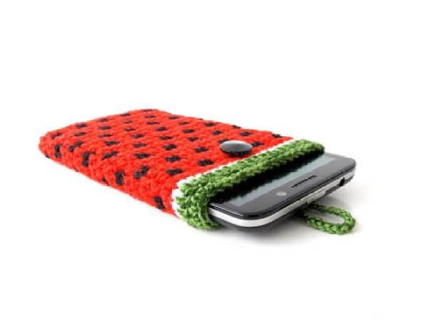 Gehäkelte iPhone Hülle aus Wolle – Wassermelone