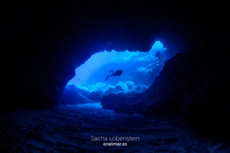 20150906-1311-SachaLobenstein-enelmar.es-Baja del Sargo o Arco de La Caleta
