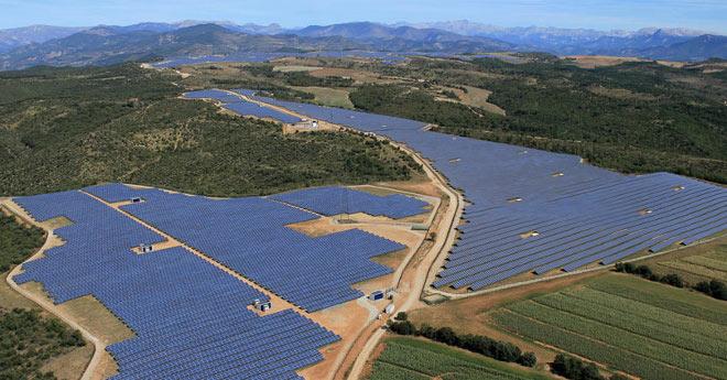 Francia a punto de alcanzar a España en potencia fotovoltaica
