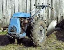 vidéo tracteur agricole embourbé