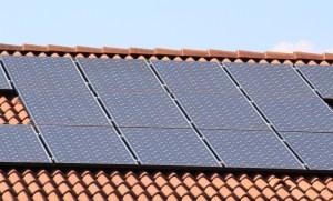 Photovoltaik-Aufdachpanel