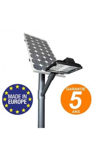 Lampadaire solaire pour parkings et rues pietonnes