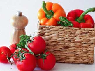 Rajčata a papriky zhoršují záněty kloubů