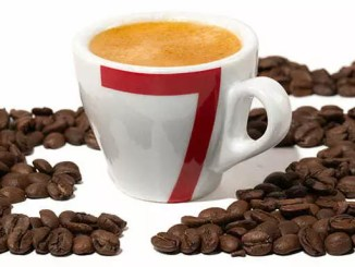 Káva: Je zdraví prospěšná nebo škodí?