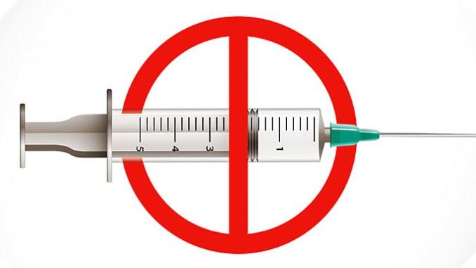 Facebook chce odstraňovat příspěvky proti očkování.