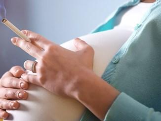 Kouření v těhotenství mění geny dítěte.