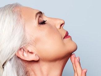 Projevy stárnutí se dají zmírnit těmito triky.