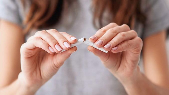 Odvykání cigaret se dá pomoci bylinkami.