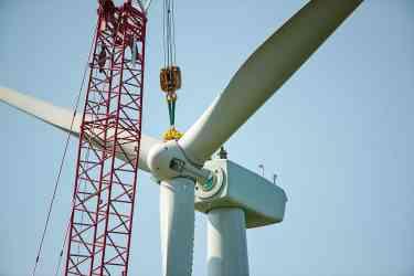 Consumers Energy wind turbine