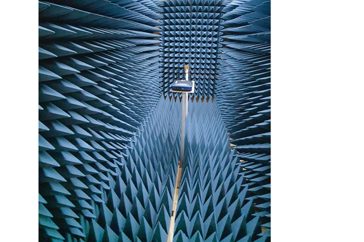 WiFi signal in anechoic space measurement