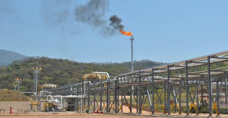 Photo of La meta de reducción de C02, acelera la transición en las empresas de energía