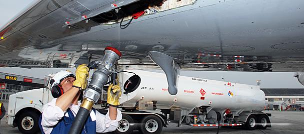 Photo of Presentan combustible para aviones fabricado con plásticos no reciclables