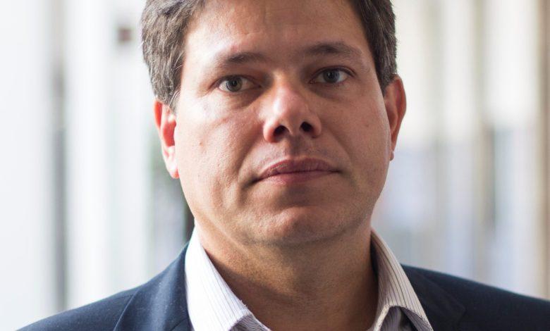 """Photo of Edmar de Almeida: """"Bolivia tiene ventaja porque su gas es flexible"""""""