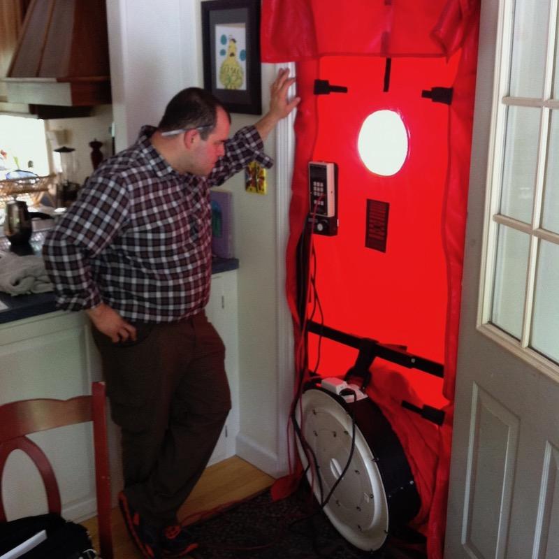 Blower-door-air-leakage-jeff-melvin-800
