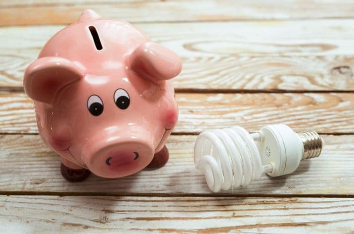Some tips on how to save energy in the school summer holidays