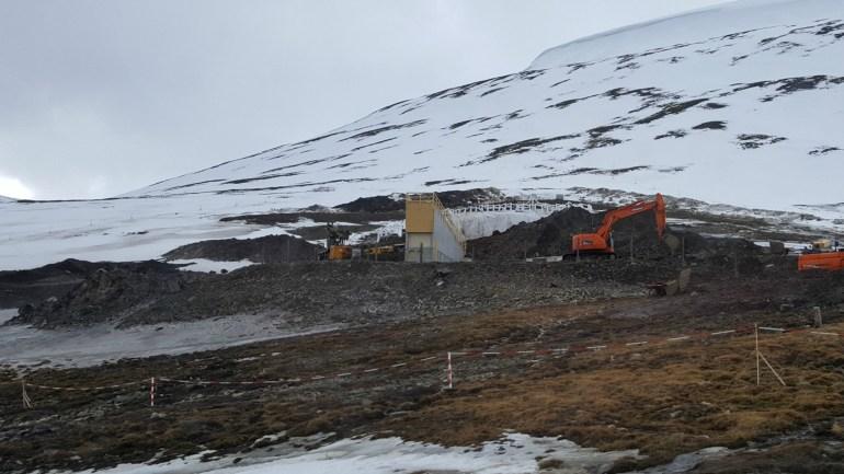 Longyearbyen_global_seed_vault