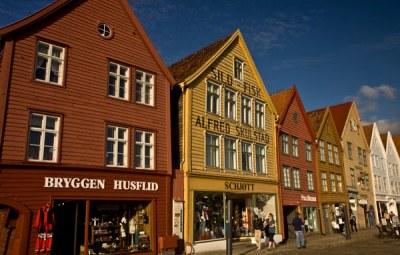 maisons-colorées-du-quai-Bryggen-classé-à-Unesco-à Bergen-Norvège