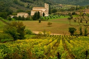 val-orcia-famille-toscane-voyage-italie-sant-antimo