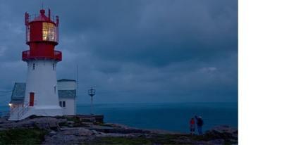 enfant-au-phare-de-Lindesnes-Norvège-voyage-famille