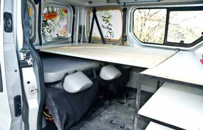 fourgon-aménagé-en-camping-car-2