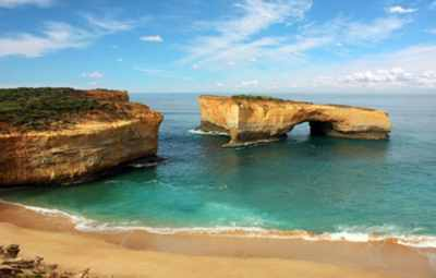 plage-australie-rocher