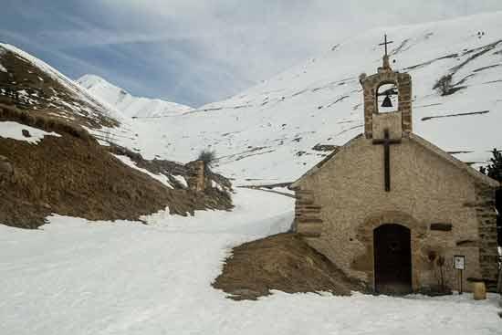 auris-en-oisans-randonnée-chapelle