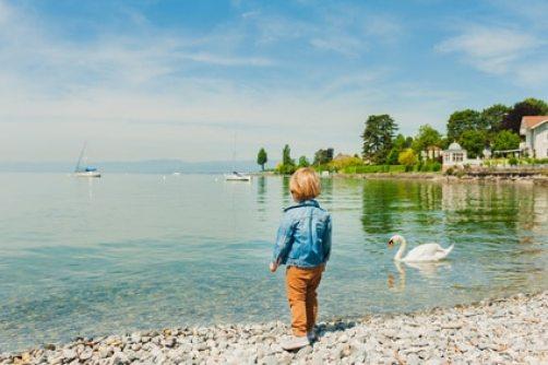 lac de genève enfant