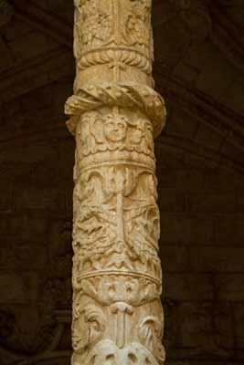 colonne-mosteiros-de-hiéronymites-lisbonne
