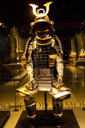 lisbonne avec enfants en famille musée-de-l'Orient-costume-samouraï