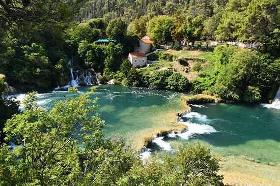 plitvice-cascades-croatie
