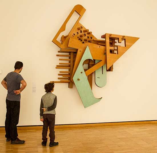 Musée-de-grenoble-sculpture-bois-enfant