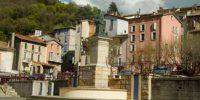 dignes-les-bains-place-et-fontaine provence