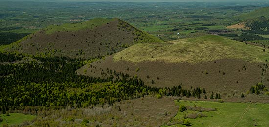 volcan-auvergne-vu-depuis-puy-de-dome