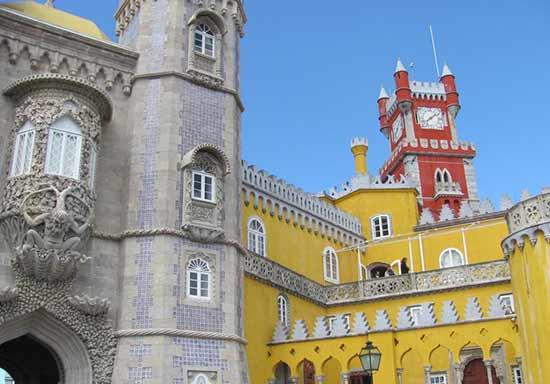 palais-de-pena-a-sintra-portugal