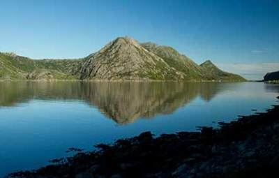 paysage-fjord-montagne-lofoten-norvege